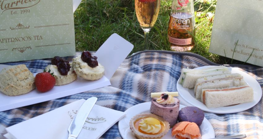 Takeaway picnics from Harriets